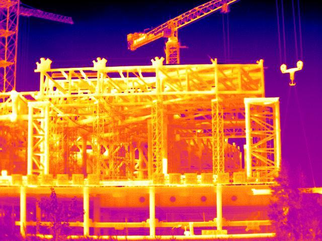 红外热像仪保障建筑安全