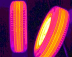 红外热像仪检测轮胎温度